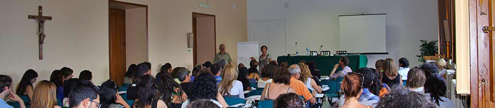 """Un momento della lezione di """"Energetica tradizionale cinese"""" svolta dai D.ri Nicolay Vorontsov e Irma Dzebisachvili"""